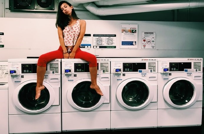 Top 7 Best Washer and Dryer at Lowes for Home Use [Buying Guide - 2021] 1