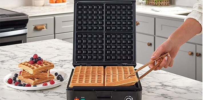 Top 10 Best Waffle Makers With Removable Plates 2021 1