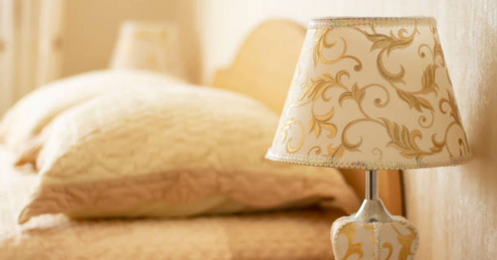Essential Tips for How To Choose A Lampshade