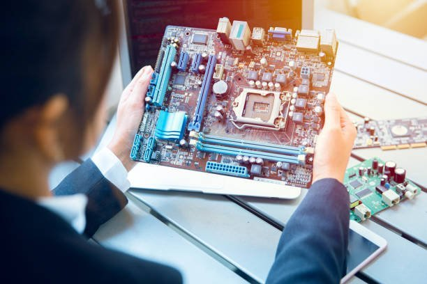 How To Choose The Best Motherboard For Gaming? 1